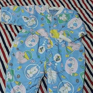 全新🍁幼童連身舖棉印花上衣/兔裝🎵秋天薄款 幼童睡衣