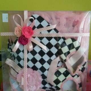 Gift hamper for baby girl