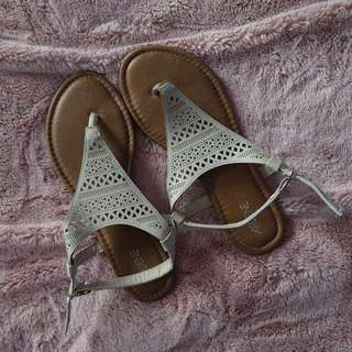 Nude/Beige Sandals