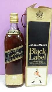 70年代,全金頭黑牌威士忌750m l連盒。注意無盒蓋。