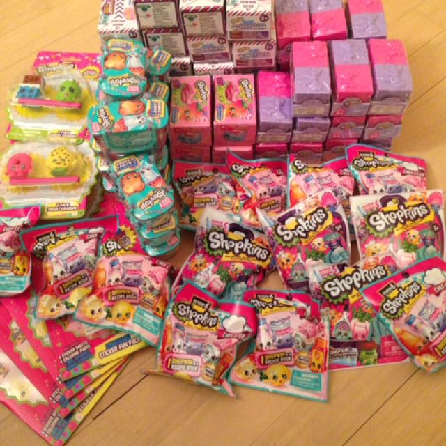 75 pcs Shopkins Mystery Bag