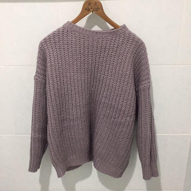 淡紫針織上衣