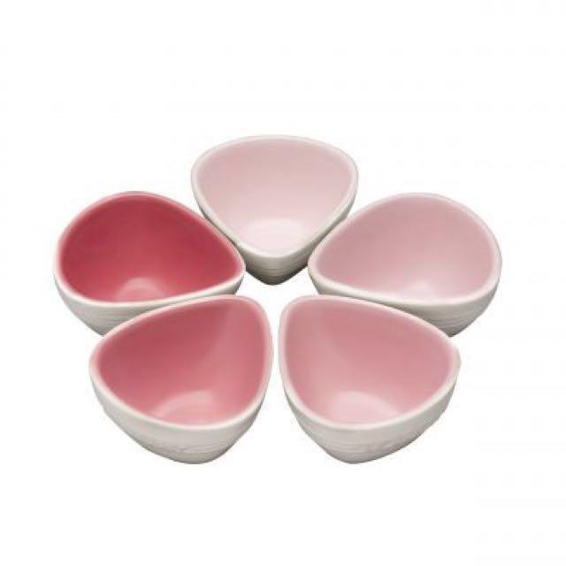 全新 Le Creuset 櫻花系列 5小碗