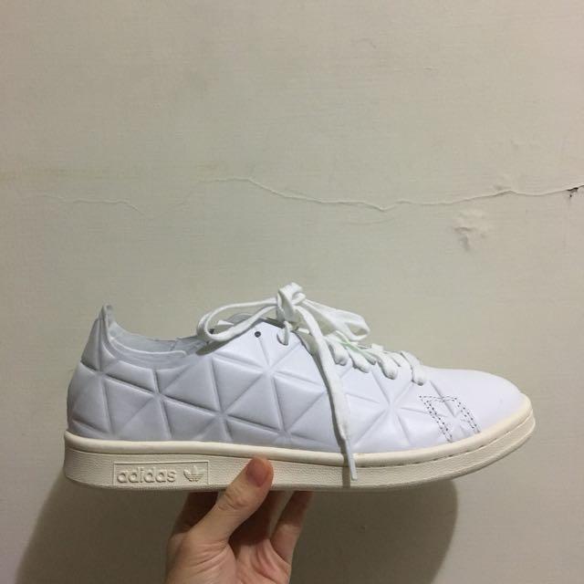 Adidas 愛迪達球鞋(英國網站ASOS購入)