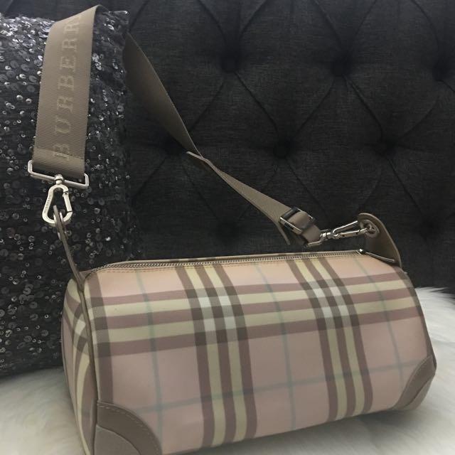 Authentic Burberry Pink Nova Check Lola Barrel Bag