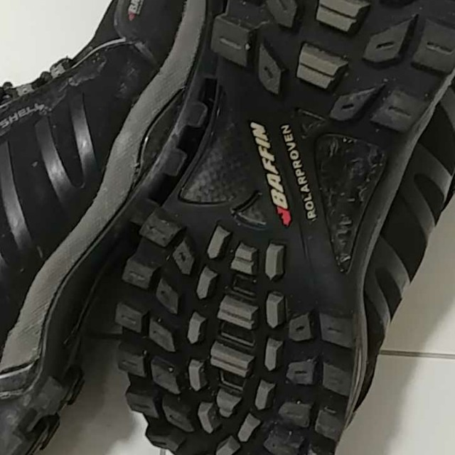 Baffin winter boot size 8