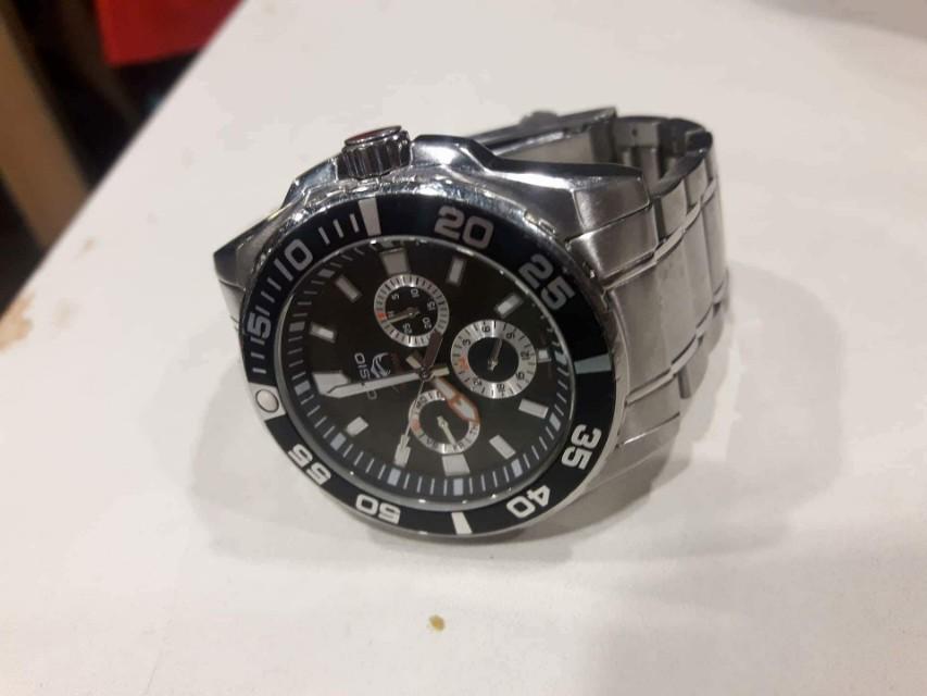 Casio Duro 200 diver's watch