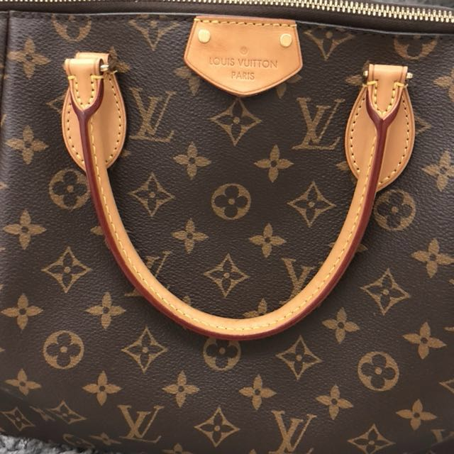 Christmas great sale! Louis Vuitton Turenne bag, Luxury, Bags & Wallets on Carousell