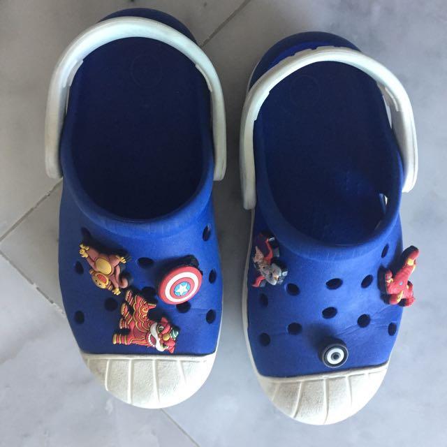 Crocs Blue White Sandals Shoes pediped seekairun stride rite toddler kids. #blessing