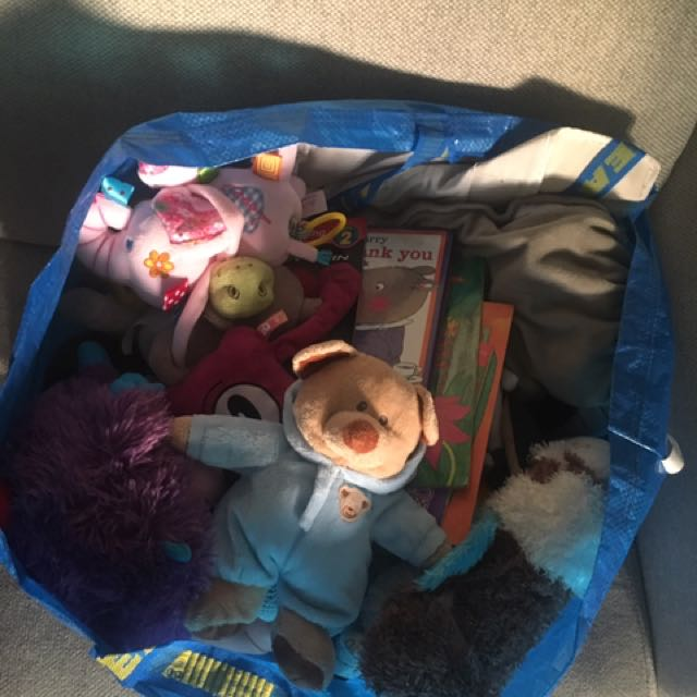 Free bag of (stuffed) toys and books