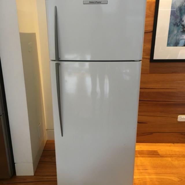 Fridge / Freezer in excellent condition