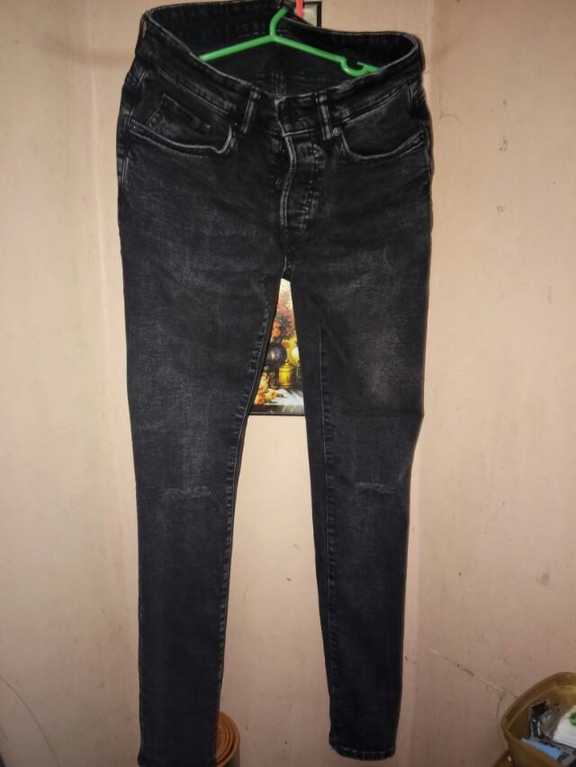 H and M Jeans