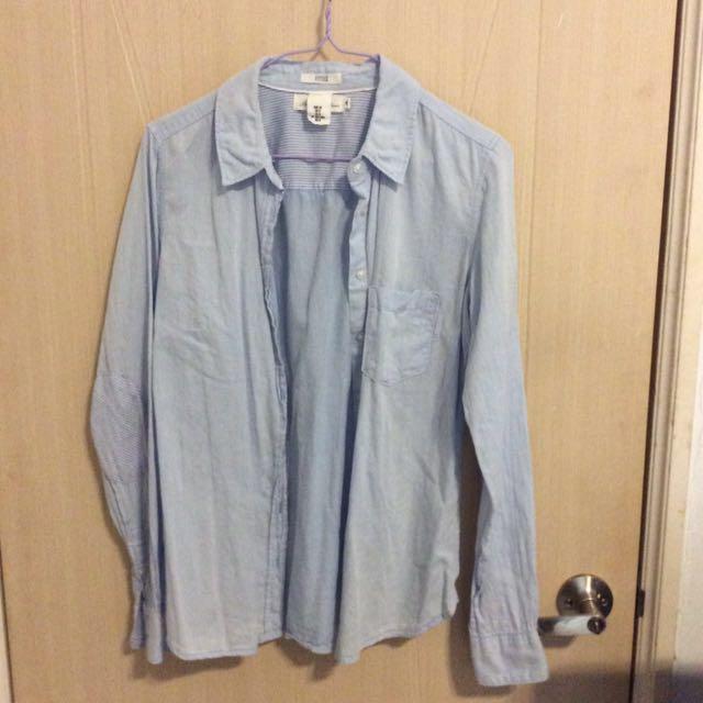 H&M淺藍襯衫