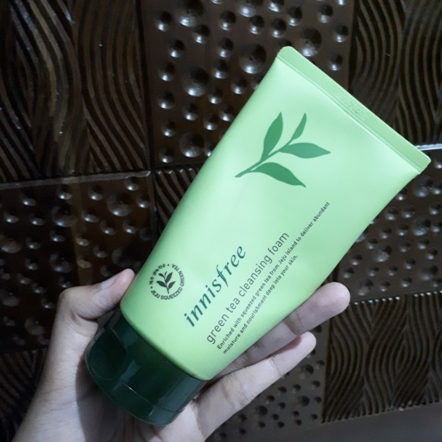 Innisfree Cleansing Foam