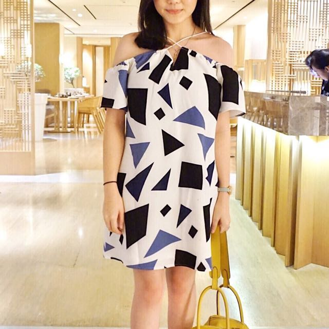 LoveBonito dress