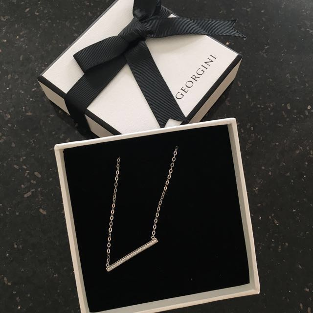 Necklace find designer by GEORGINI