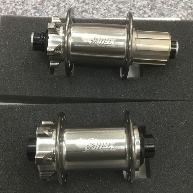 Onyx Mtb Boost Iso Hubs (Front and Rear) (Black Silver