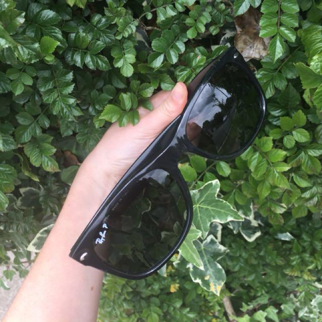 Ray Ban New Wayfarer Polarized Sunglasses