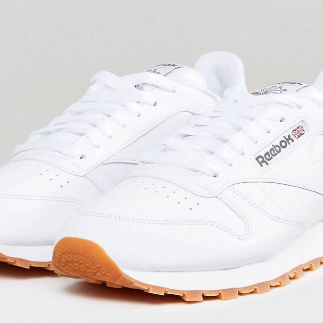8b0556b2d reebok classic leather trainers, Women's Fashion, Shoes on Carousell
