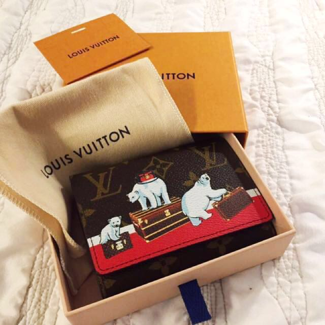 *SALE this weekend!* RARE! Brand New 💯 % Authentic Limited Edition Louis Vuitton LV Christmas 2017 Polar Bear Victorine Wallet (lower than retail!)