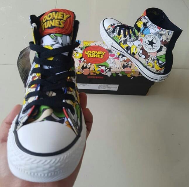 "Sepatu Converse All Star CT ""Looney Tunes"""