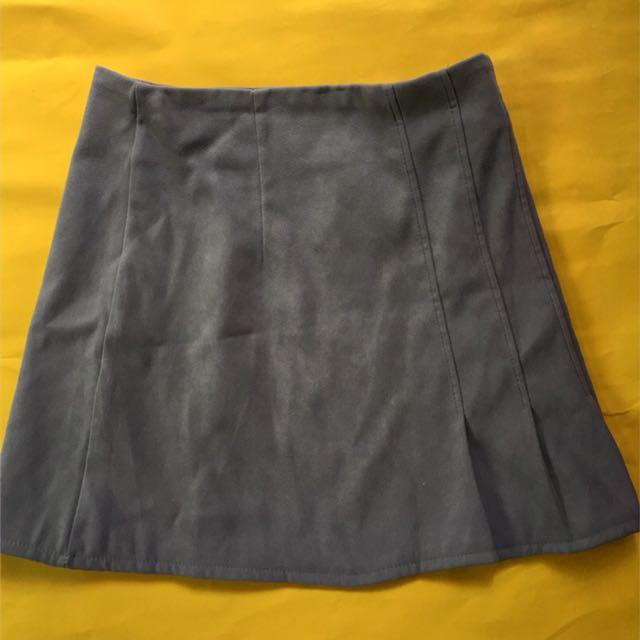 Skirt size 26