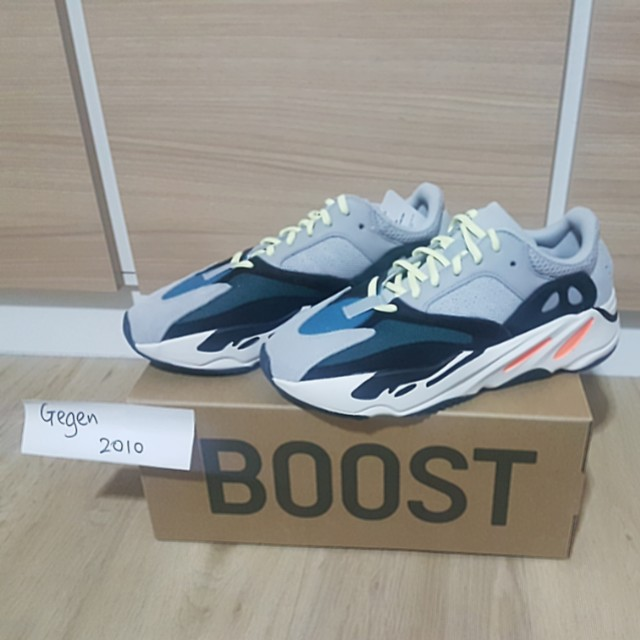the best attitude aa394 e8c12 UK 8.5 / US 9 Yeezy 700 Waverunner (Yeezy Supply), Men's ...