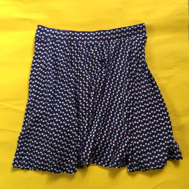 Uniqlo printed skirt