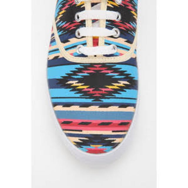 Urban Outfitters red printed plimsoll sneaker - Aztec print - size 6