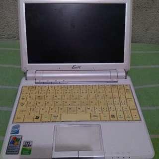 Asus Eee pc 901 netbook