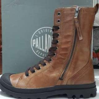 Sepatu Palladium Pampa Hi Rise L Zip original