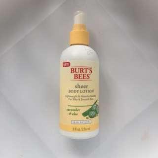 Burt's Bees 🐝 sheer body lotion