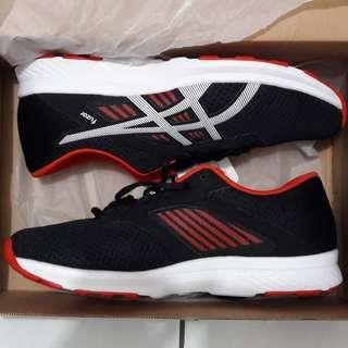 Sepatu asics fuzor original