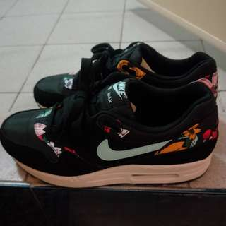 🚚 Nike Air Max花系列黑25.5