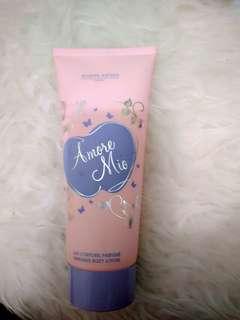 Body lotion a more mio