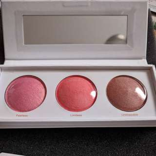 RealHer Be Fearless Be Limitless Blush Kit