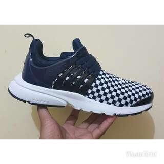 Nike air presto checkerboard BNWB