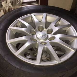 Original  Mitsubishi  Montero GLX   rims and wheels