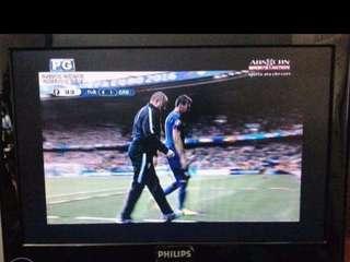 Philips Flatscreen LCD TV 19' HD