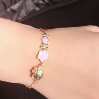 18K hello kitty bracelet