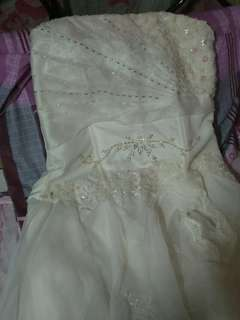 wedding gown -1 time used