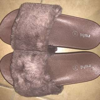 RUBI FUR SLIDES