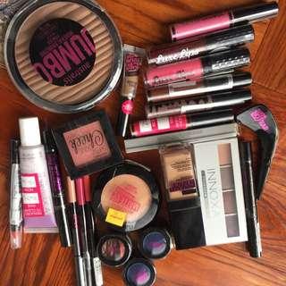 Makeup pack Christmas gift