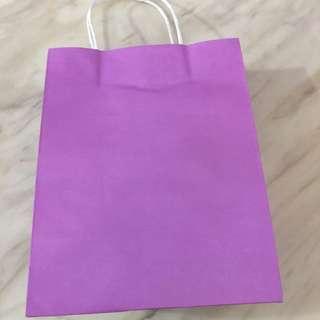 Purple paper bag (27x21x11cm)