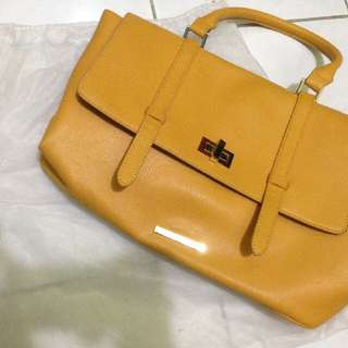 MARIE CLAIRE Bag
