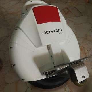 JOYOR C-260 Electric Unicycle for amatuer with Assisted Balancing Kit.