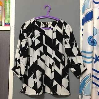 Monocrome shirt