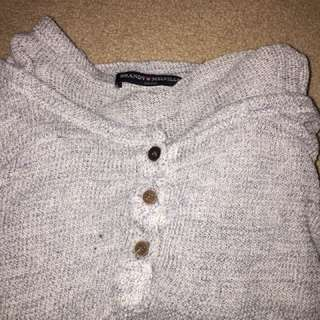 Brandy Melville light knit sweater/shirt
