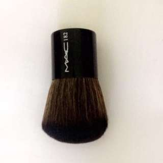 MAC BRUSH