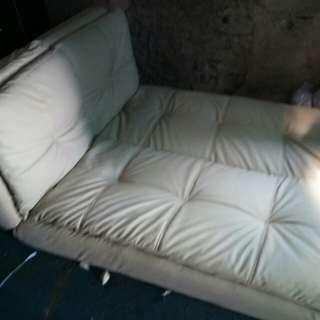 Perbaikan sofa di Antapani -tlp/whatsAap:081312526810